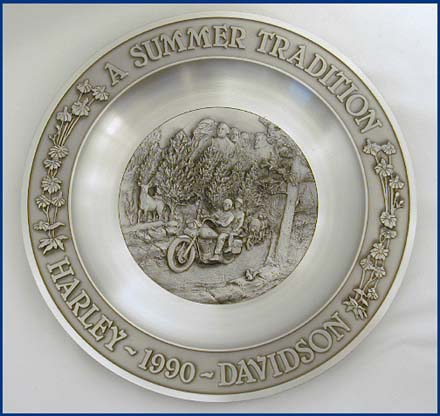 1990 A Summer Tradition Pewter Plate