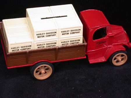 1926 mack Crate Truck Bank