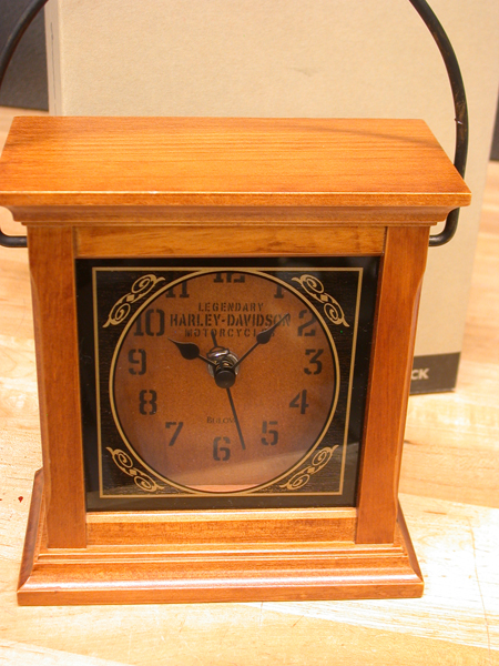 2004 Harley Davidson lantern Legendary Clock