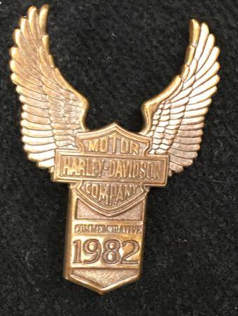 1982 NOS Commemorative Eagle fender Medallion