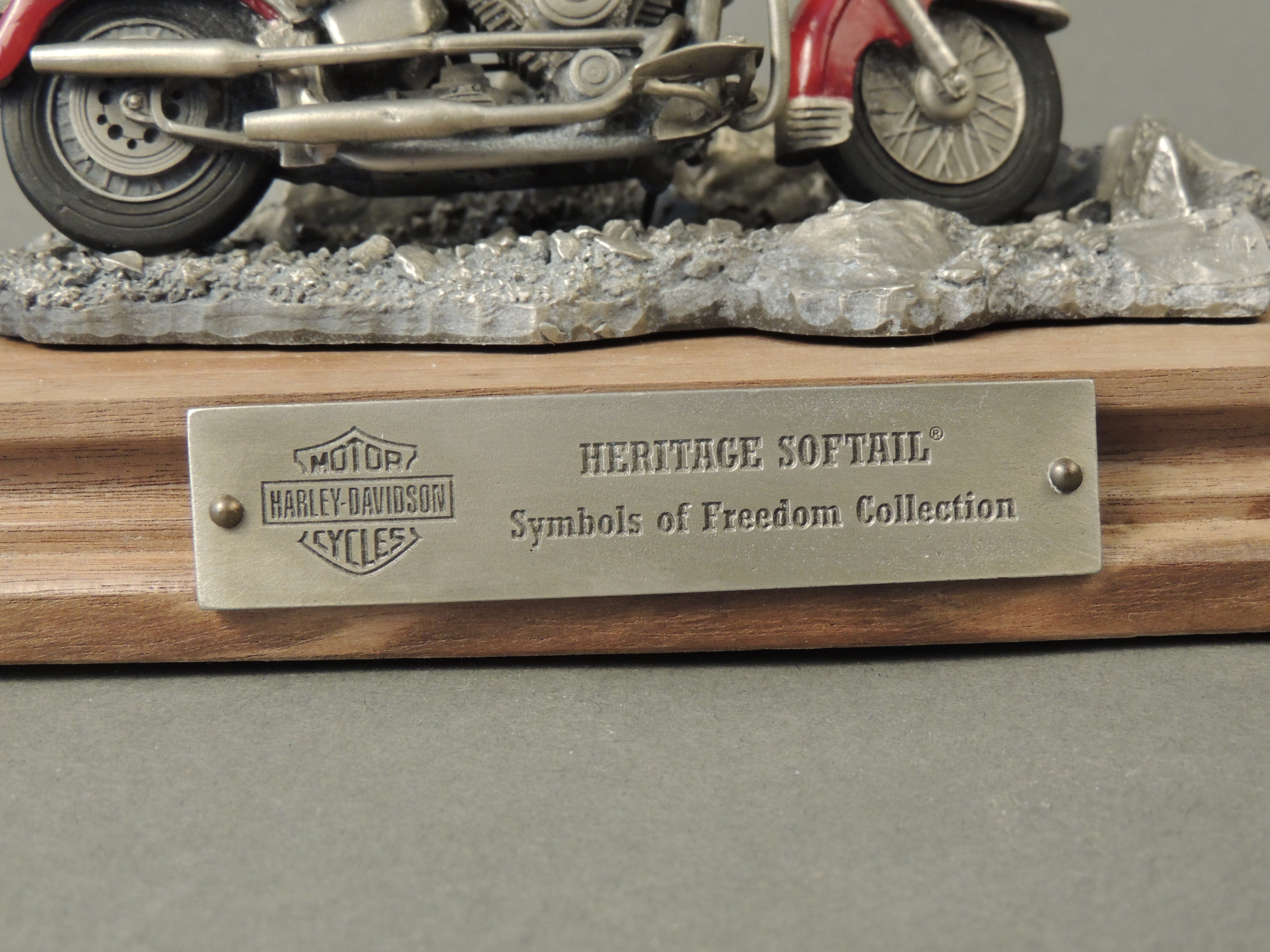 HD Symbols of Freedom Collection Heritage Softail