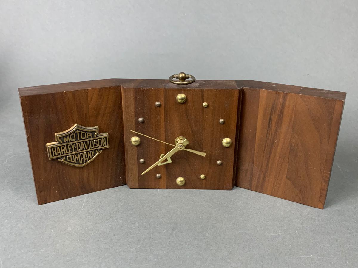 Harley Davidson Dealer Desk Clock
